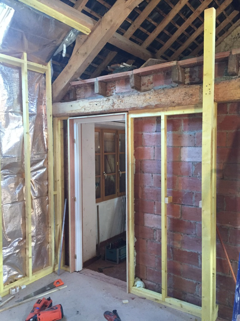 Opbouw van de nieuwe houtskeletbouw wanden
